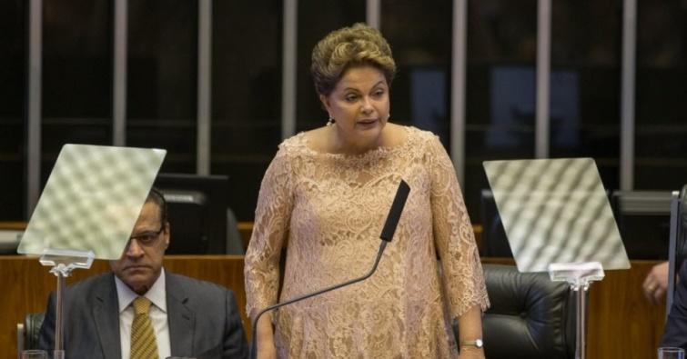 dilma-rousseff-discursa-ao-congresso-nacional-em-cerimonia-de-posse-em-brasilia-1420138495800_956x500